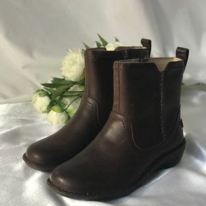 NEW UGG® Women's Neevah Casual Boots